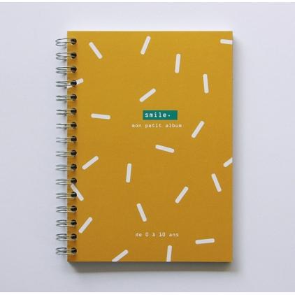 Smile mon petit album moutarde