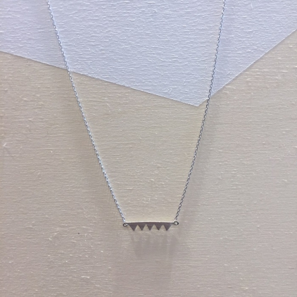 Collier argenté 5 mini triangles