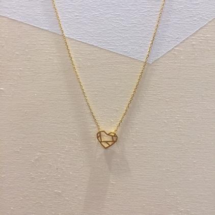 Collier doré coeur géométrique