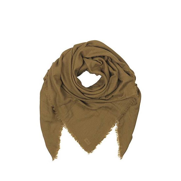 Dream scarf plantation