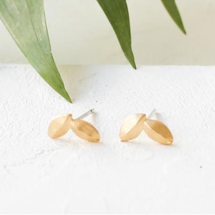 Boucles d'oreilles - Yucca post earrings gold