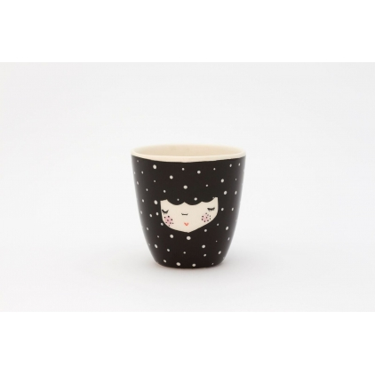 Character cup black