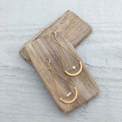 Boucles d'oreilles Iris perle - amulette 10237