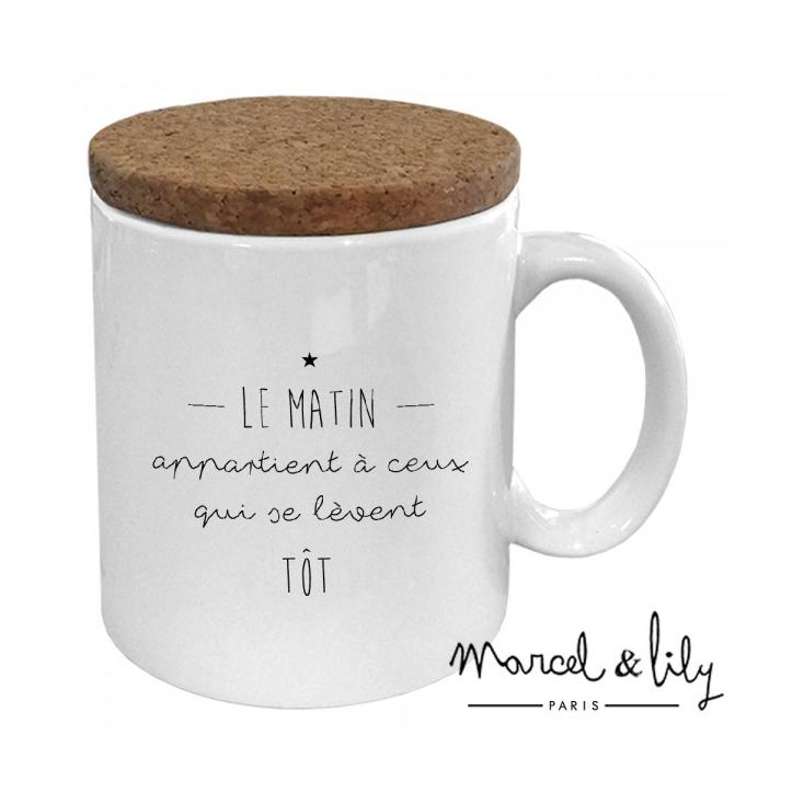 Mug avec son couvercle en liège - Le matin appartient à ceux...