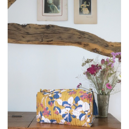 Big Travel Pouch - Iris - Mustard