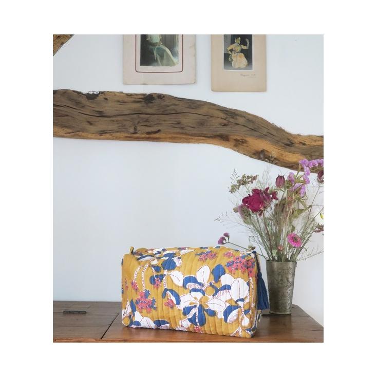 Big Travel Pouch - Iris - Mustard